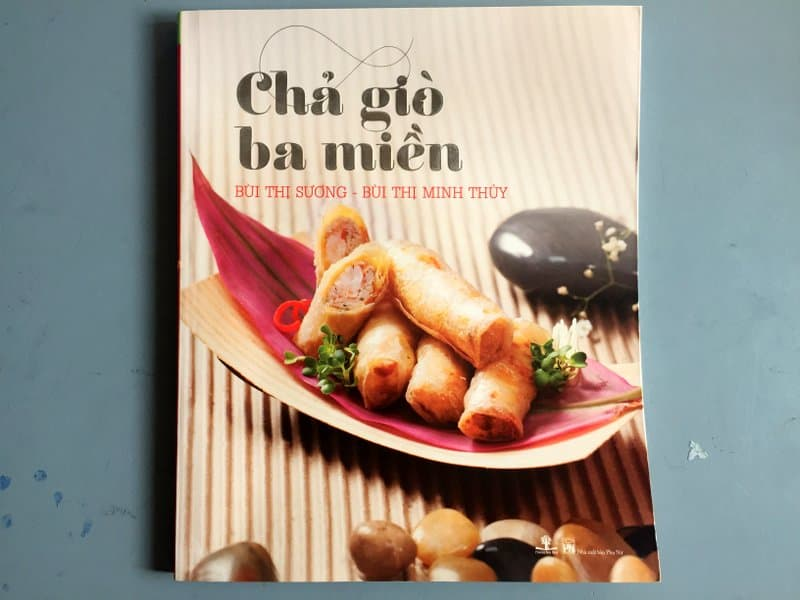 Spring Rolls book by Bui Thi Suong