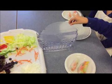 Easy Peasy Lemon Squeezy To Make Rice Paper Rolls